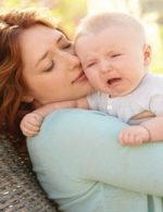 "What To Do When Baby Has ""stranger Anxiety"""