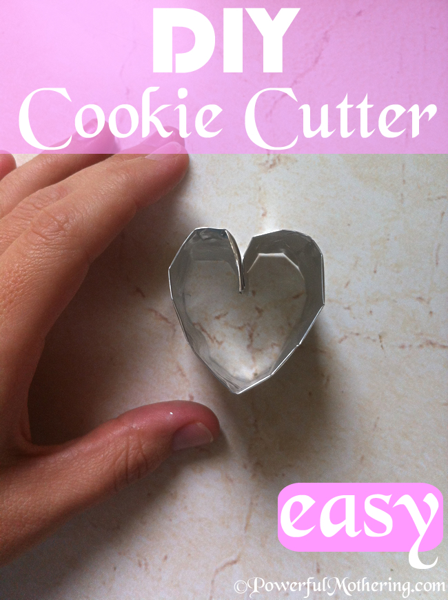 How to make a DIY Cookie Cutter