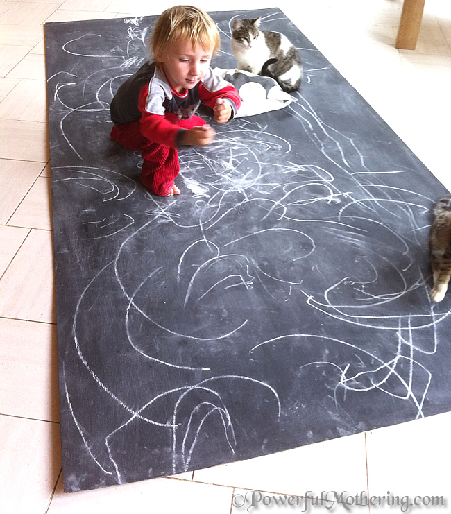 how to make a Kids Chalk Board