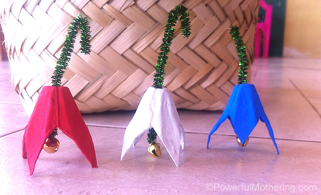 jingle bells with pipecleaners