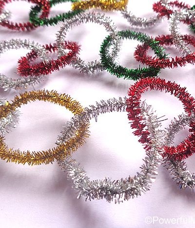 how to make a pipe cleaner garland