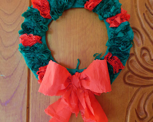 Quick and Easy Christmas Wreath a Kids Activity