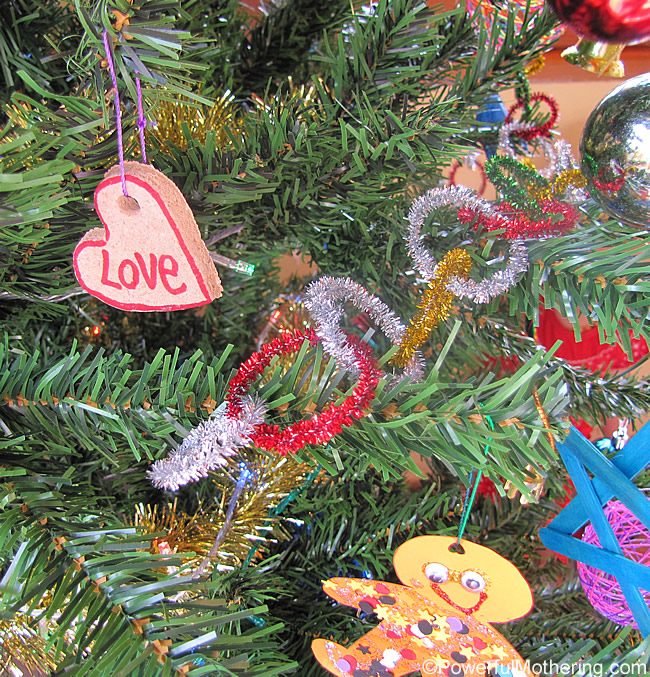 simple Pipe cleaner garland