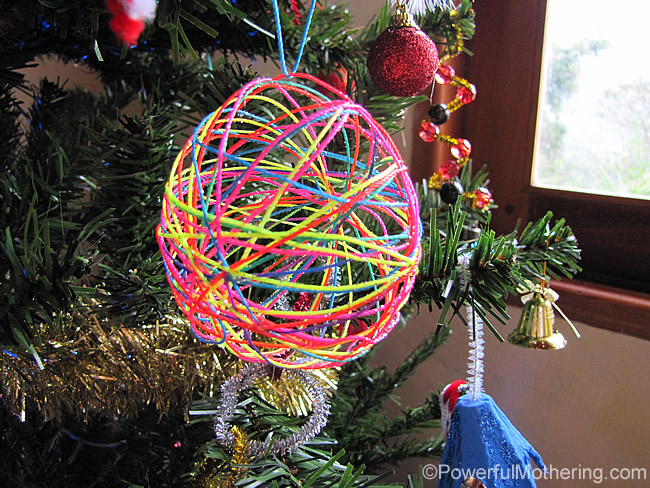 yarn ball on the tree