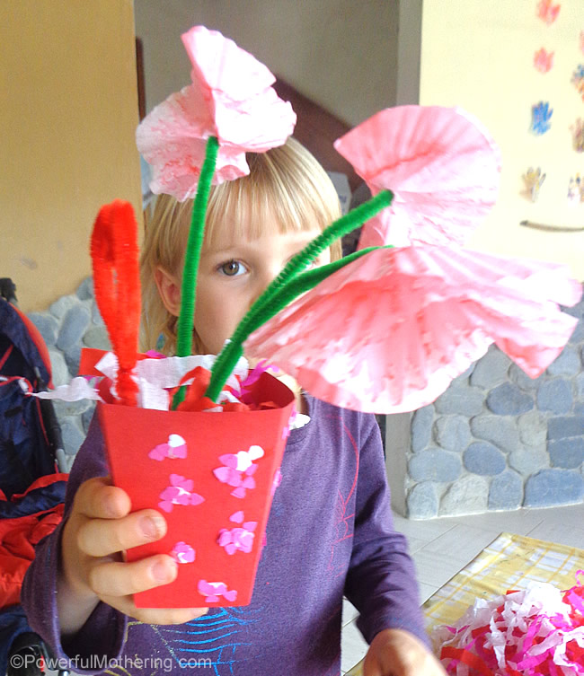 flower gift craft for preschoolers