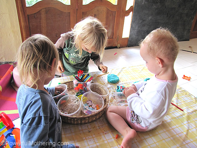 kids love playdough free play