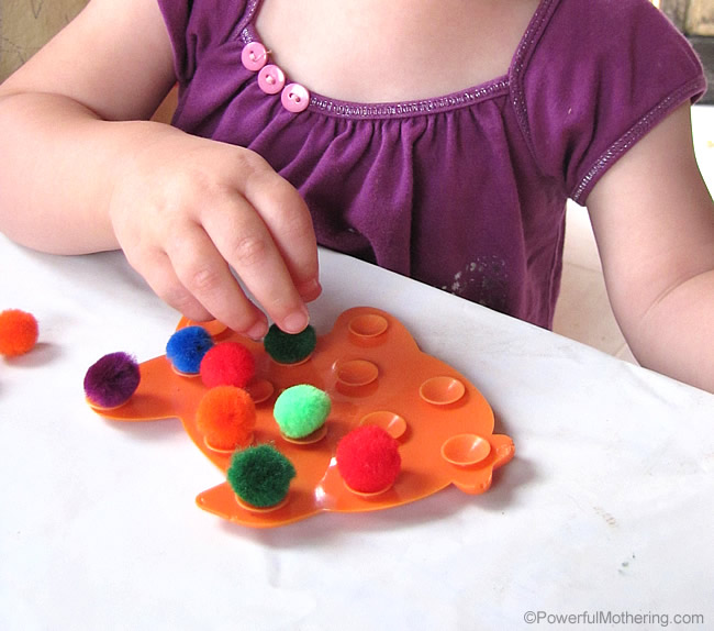 easy fine motor skill activity for toddler