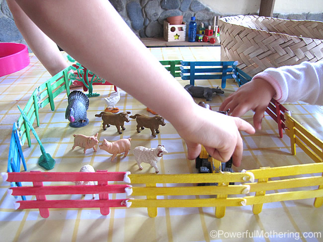 craft ideas with lolly sticks popsicle stick fencing for small world play 6328