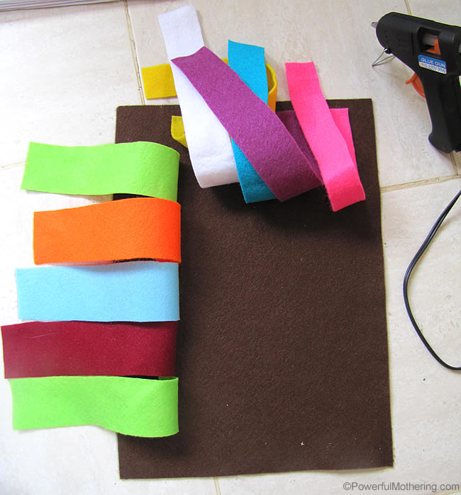 Simple no sew Weaving Felt Page for fine motor skills with PowerfulMothering.com
