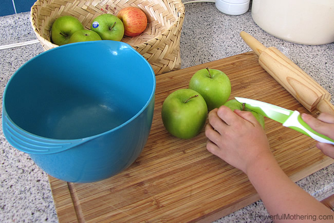 setup for making apple pie