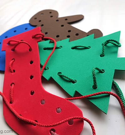 Festive Lacing Shapes – Christmas Busy Bags