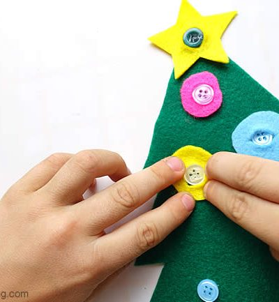 Fine Motor Button Tree – Christmas Busy Bags