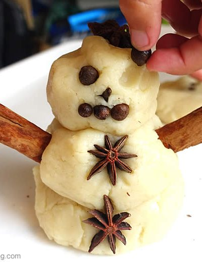 Make a Snowman from Things in the Kitchen!
