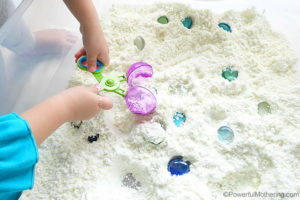 fine motor skills with sensory snnow dough play