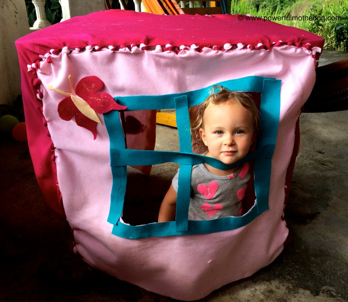 DIY no sew felt playhouse window