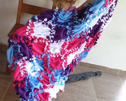 Patchwork No Sew Fleece Blanket Tutorial