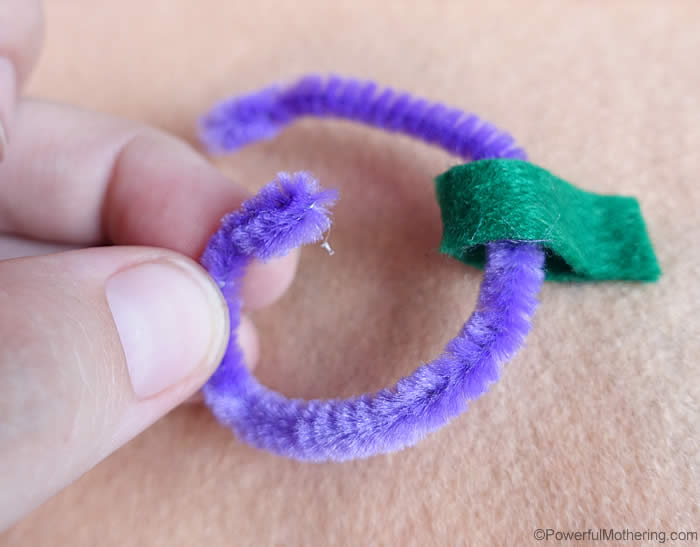 turned over end of pipecleaner