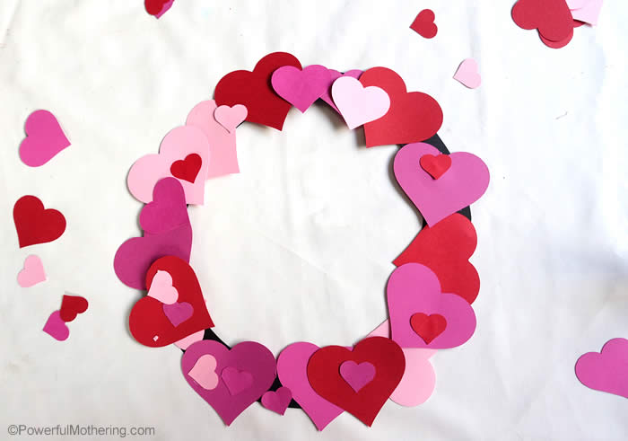 heart wreath easy craft for kids