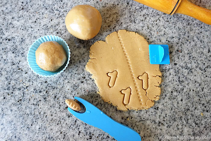 easy playdough made with edible ingredients