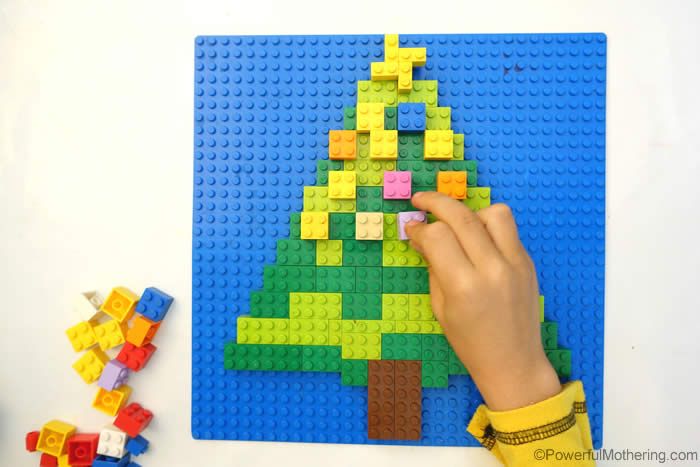 Decorate A Lego Christmas Tree