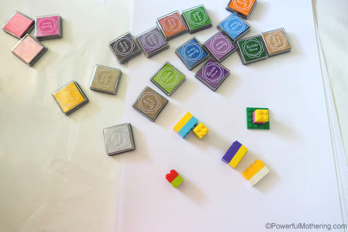 finger-print-stamping-set-with-lego