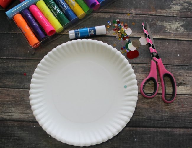 African necklace paper plate craft for How to make african jewelry crafts
