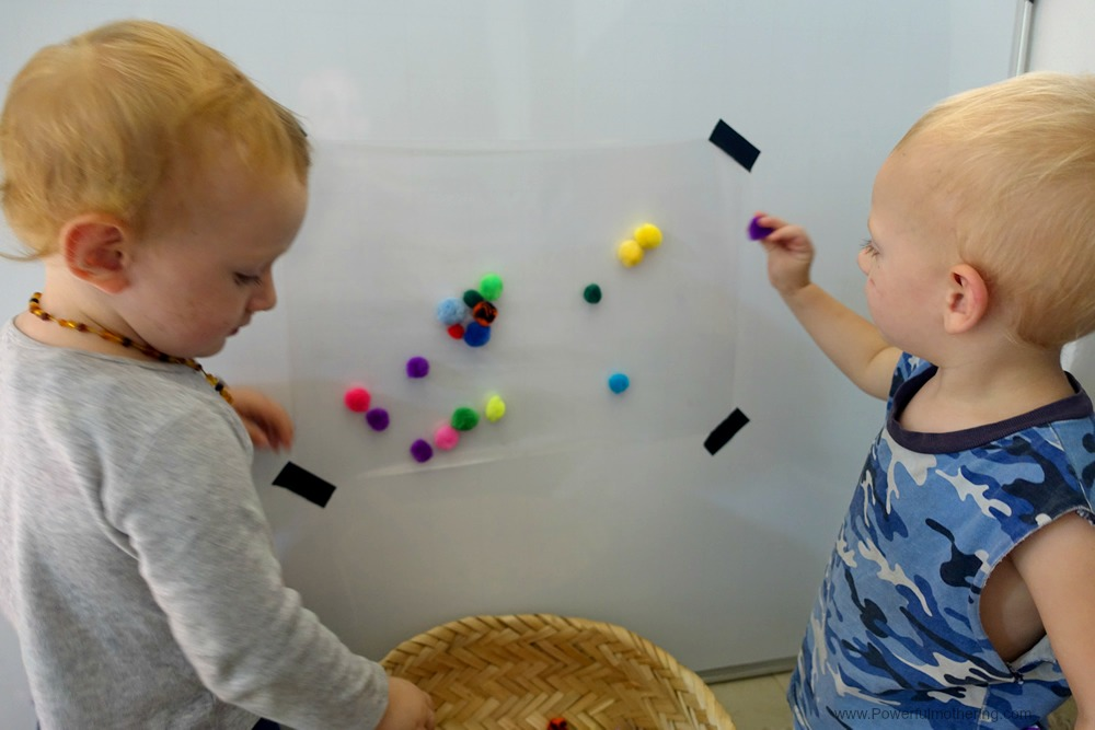 A simple fine motor activity for toddlers that will keep them entertained and is low prep for you! Perfect for toddlers or preschoolers.