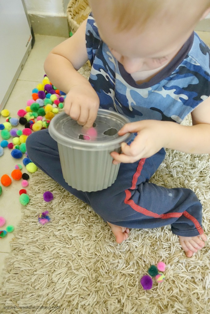 A simple fine motor activity for toddlers and above. Children can strengthen hand and finger muscles with this simple, low prep activity.