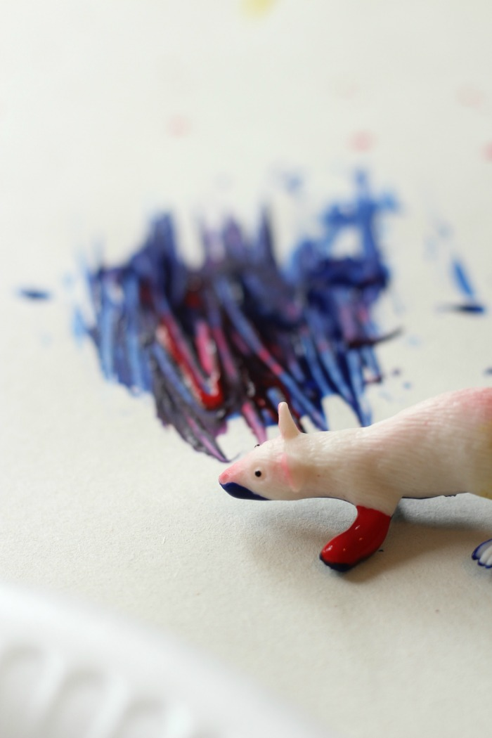 mouse paint toddler activity