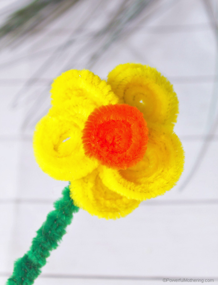 Daffodil Flower Craft