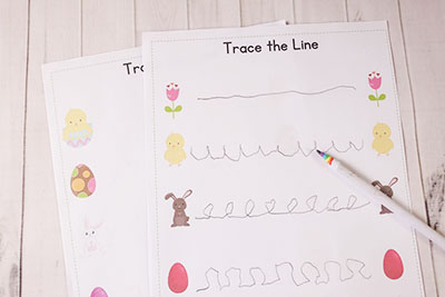 Easter Line Tracing