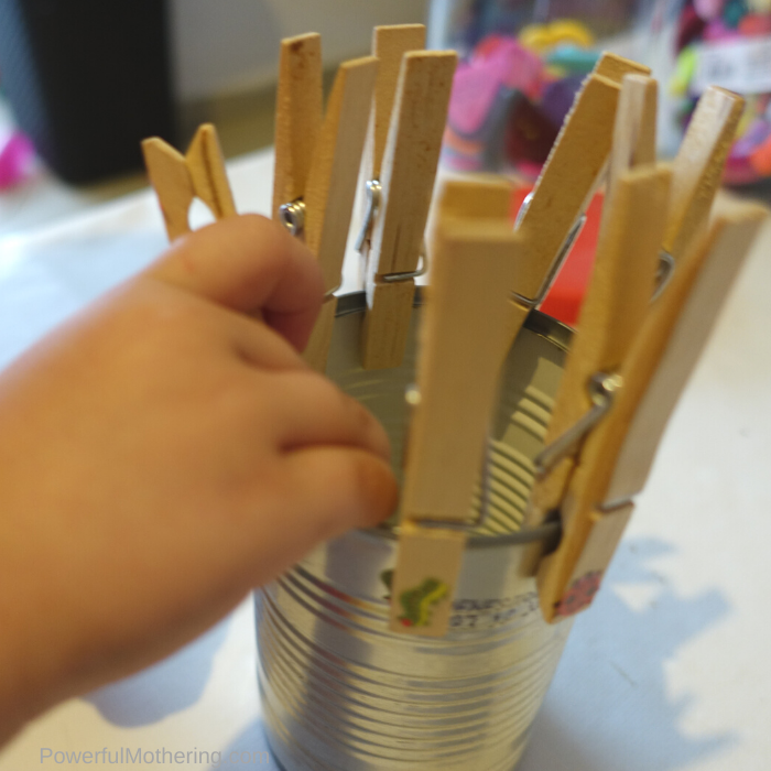 Fun fine motor activity for toddlers and preschoolers to strengthen hand muscles while playing a matching game. #matchinggame #recycledmaterial #preschool #finemotorskills