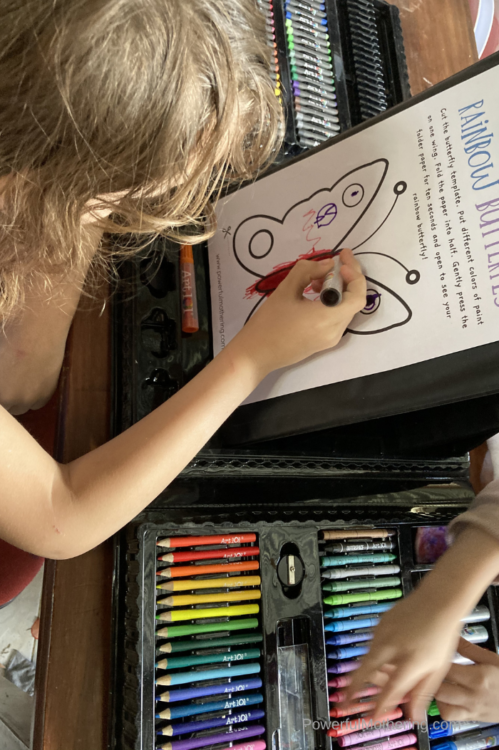 A simple set of fun color printables to help children learn all about the different colors.