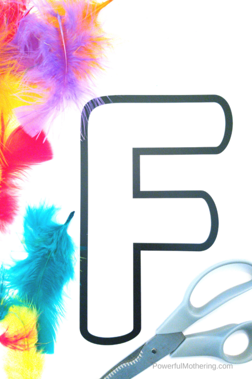 A fun feather craft to help children learn all about the letter F.