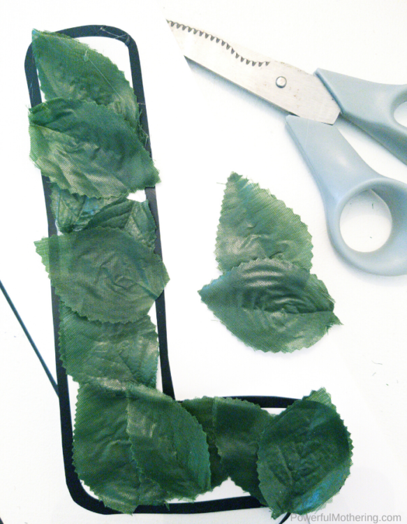 A simple and fun craft to help with your letter of the week l. All kids will enjoy creating this leaf craft.
