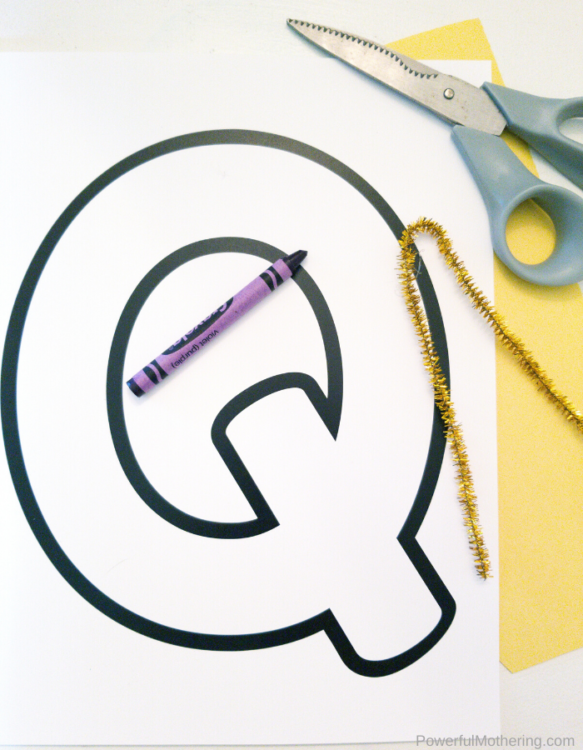 A simple letter of the week craft for the letter Q. Q is for Queen is a great way to help kids learn the letter Q!